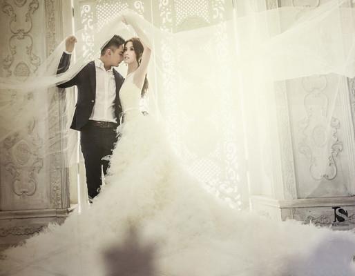 馮媛甄風光二嫁卻被爆「心機獵夫」,沒想到老公「前未婚妻」是她「閨密」竟爆料...!其實公婆都覺得..