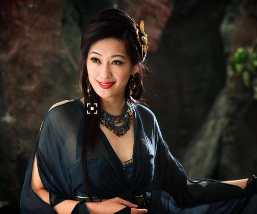 她出身台灣,曾是世界頂級名模,卻被男友騙25億傾家蕩產,直到遇見身價逾300億的富商老公!....