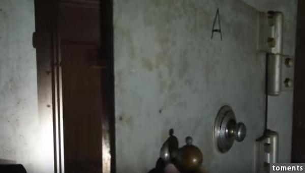 兩名老外廢棄古屋裡尋寶,竟發現屋子背後不為人知的秘密!