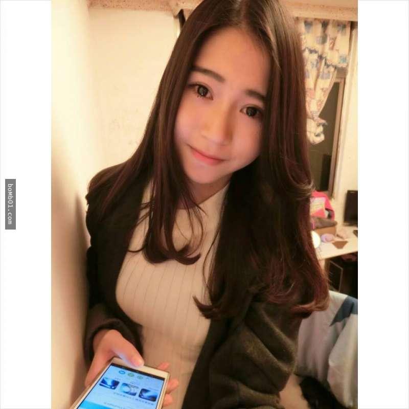 16歲「初戀正妹」的外型迅速爆紅,受不了的網友都要暴動衝去她家求認識了!