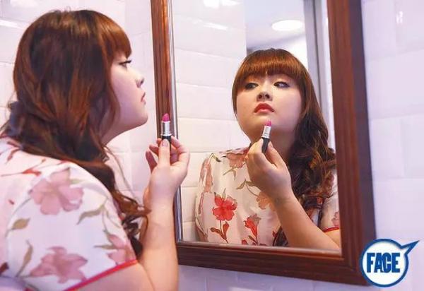 她28歲 是位可愛有特色大胖妹,減肥成功後, 竟快成女神!!??