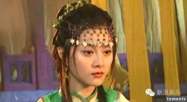 「我是家族裡最醜的」劉亦菲居然這麼說,但在見過她家族其他女人的照片後……驚為天人哪!
