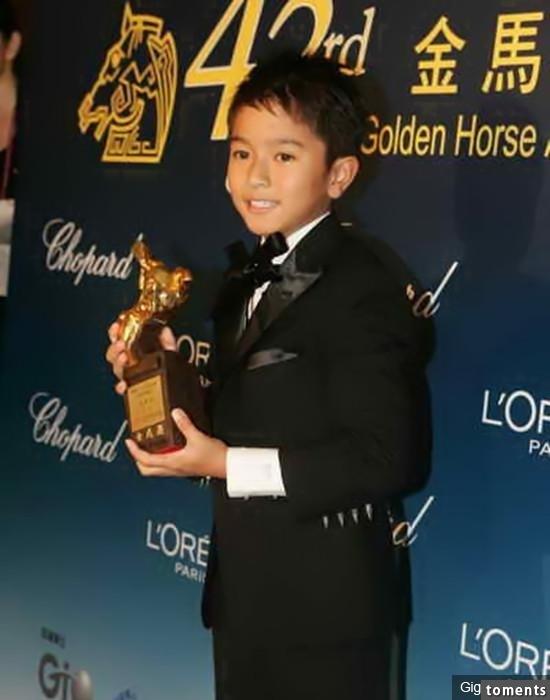 他是最帥星二代,被郭富城寵愛,9歲拿金馬獎,18歲面臨人生最悲痛的事!而他的近況竟....令人欣慰!