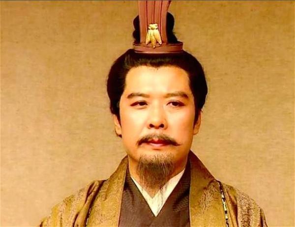 诸葛亮死后,刘禅凭什幺执政30年,有一个要命原因刘备都不知道