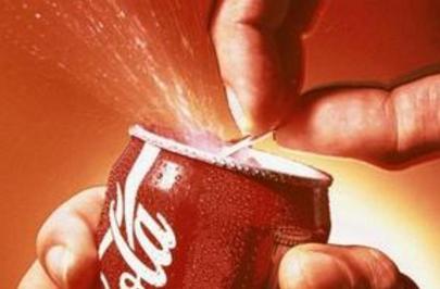 杭州大伯仰頭喝下一口20年都戒不掉的可樂,然後四肢癱瘓了!